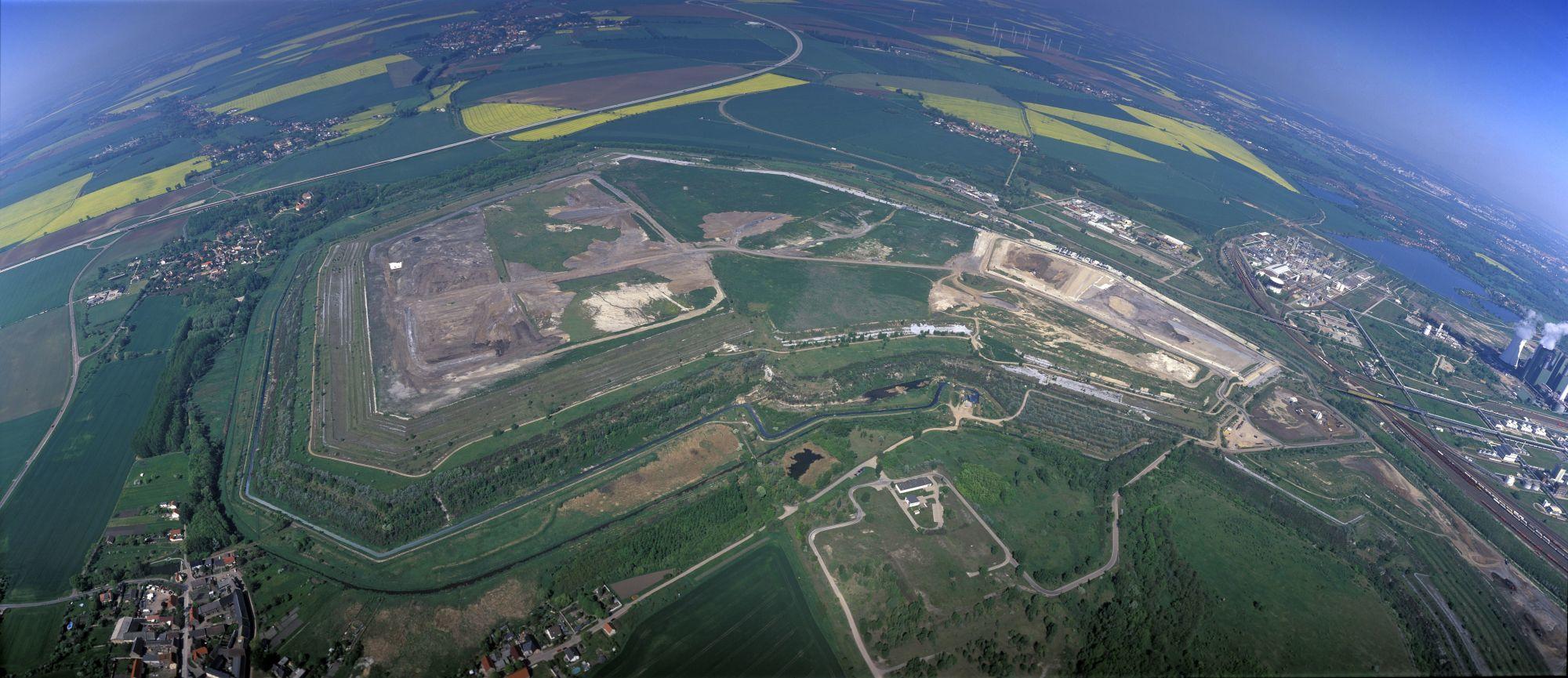 Überblick über die Altdeponie in Schkopau
